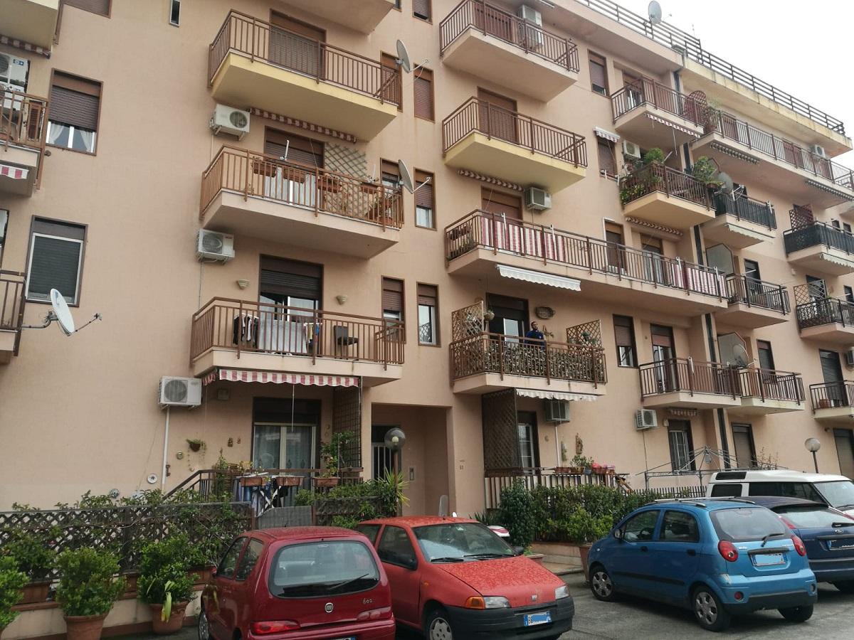 Appartamento in affitto in via ammiraglio umberto cagni 61 for Appartamenti in affitto a palermo arredati