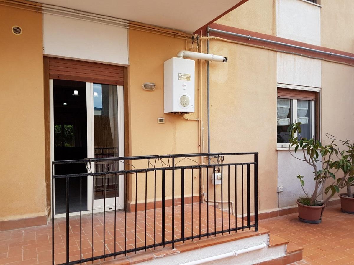 Appartamento in affitto in via cesenatico 11 palermo for Appartamenti in affitto a palermo arredati