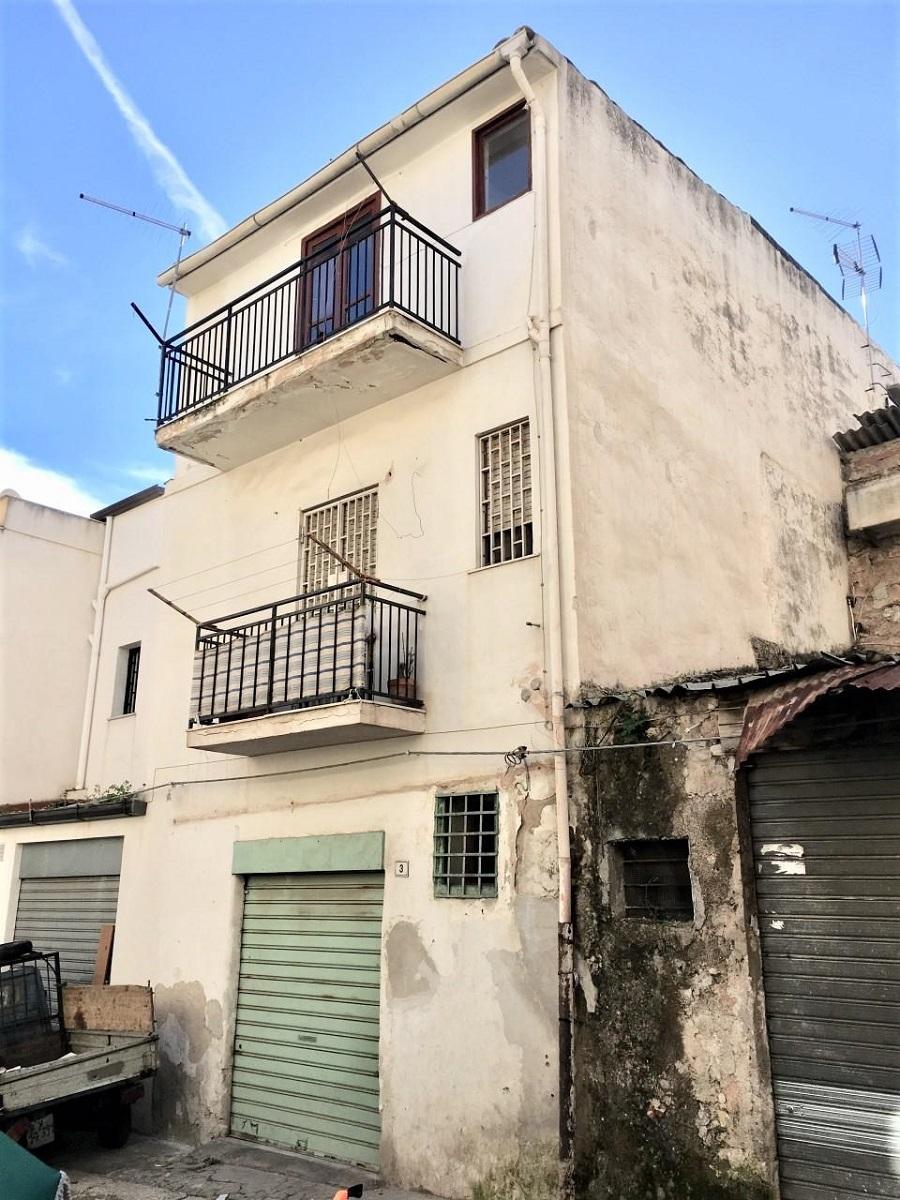 Appartamento in vendita in via perpignano 221 palermo for Appartamenti in vendita a palermo