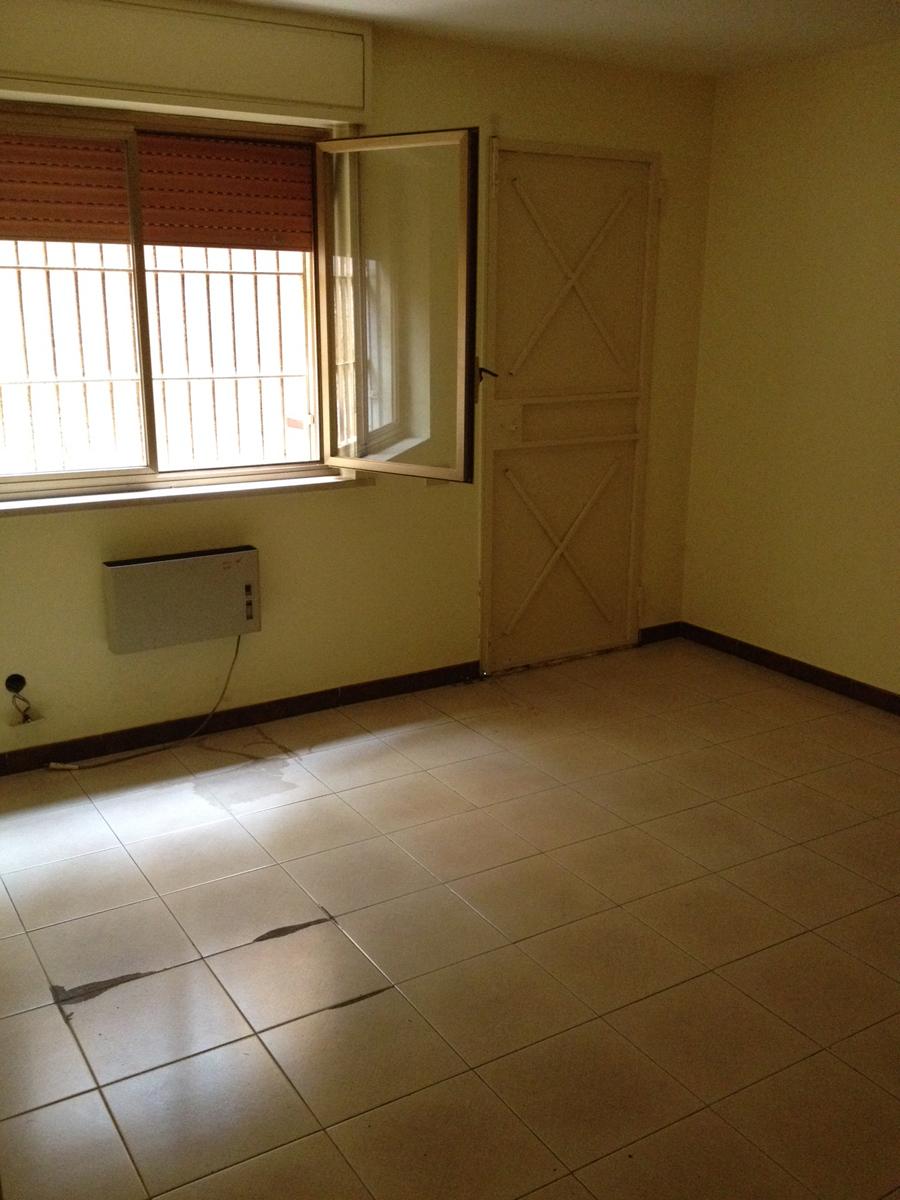 Ufficio in affitto in via imperatore federico 106 palermo for Cerco ufficio in affitto