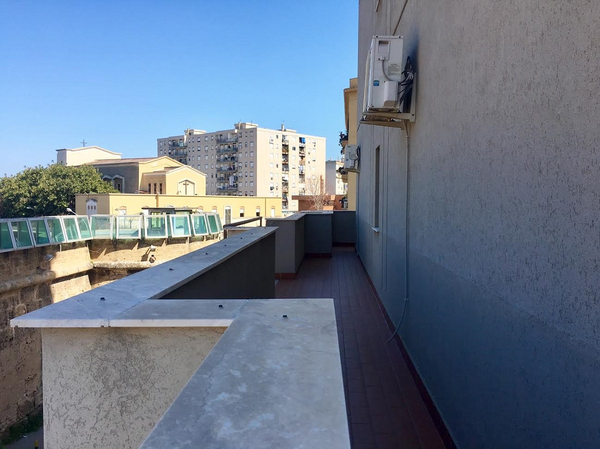 Appartamento in affitto in via enrico albanese 7 palermo for Appartamenti in affitto a palermo arredati