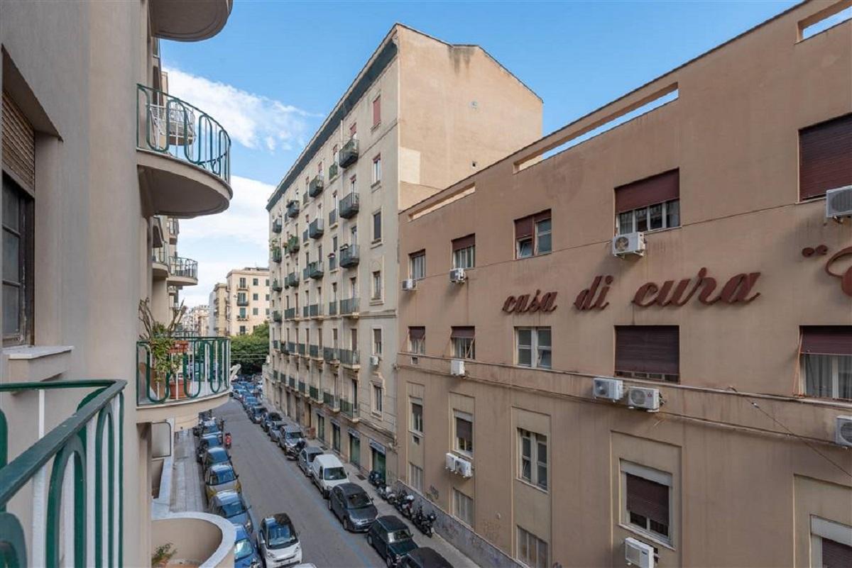 Appartamento in vendita in via salvatore meccio 20 for Appartamenti in vendita a palermo