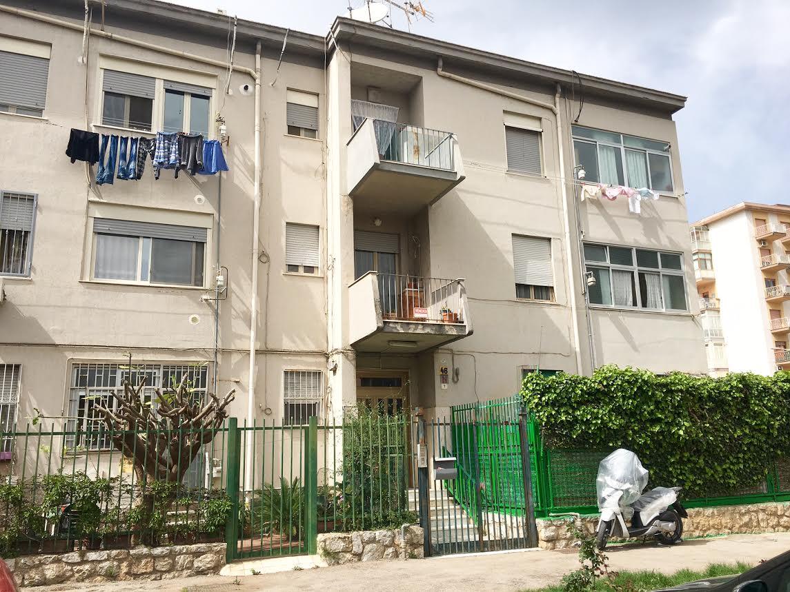 Appartamento in vendita in largo giovanni zappal 7 for Appartamenti in affitto a palermo arredati