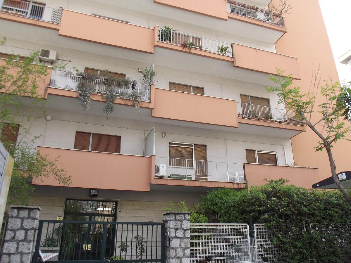 Appartamento in vendita in viale lazio 6 palermo sciuti for Appartamenti in vendita a palermo
