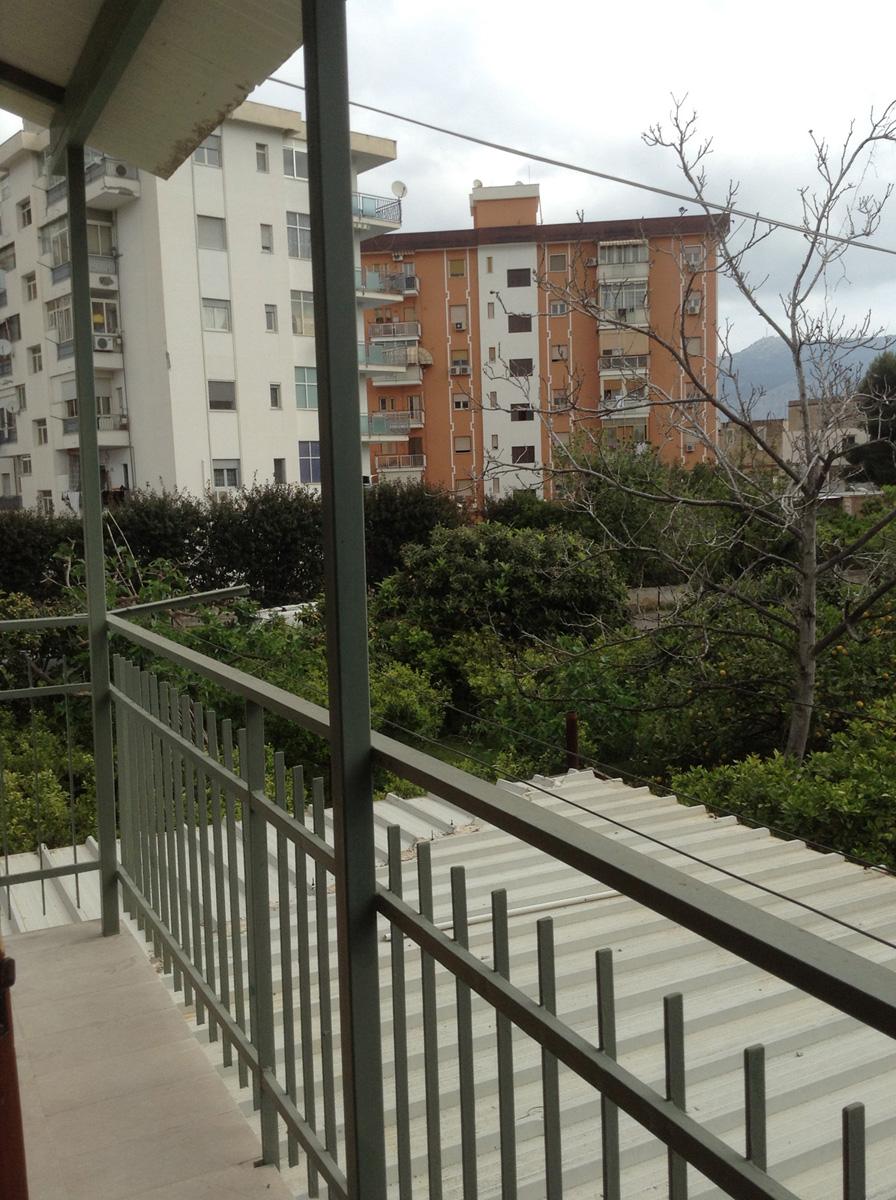 Appartamento in affitto in via aci 7 palermo uditore for Bivani arredato palermo