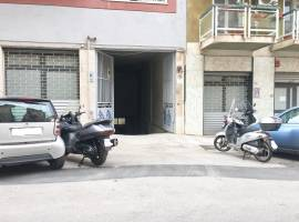Sciuti (Palermo) Affitto Box/Garage