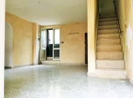 Chiavelli (Palermo) Vendita Palazzo/Terratetto