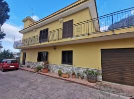 Carini (Pa) Vendita Villa bifamiliare